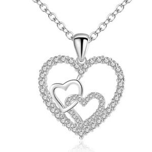 ⭐️NEW⭐️Unique Triple Heart Pendant Necklace